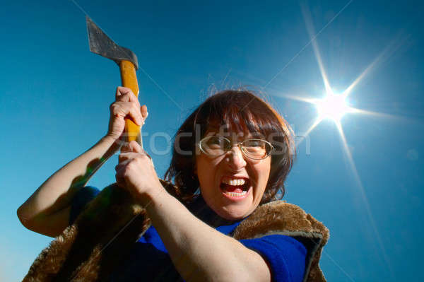 Mujer hacha cielo azul cielo cara mujeres Foto stock © 26kot