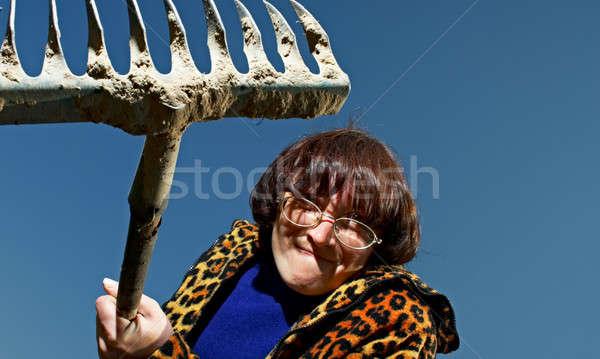 Nő gereblye portré rettenetes kék kéz Stock fotó © 26kot