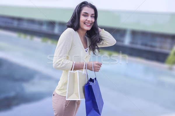 Stockfoto: Schoonheid · winkelen · vrouw · permanente · straat