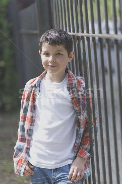 Stockfoto: Portret · toevallig · teen · jongen · buitenshuis · voorjaar