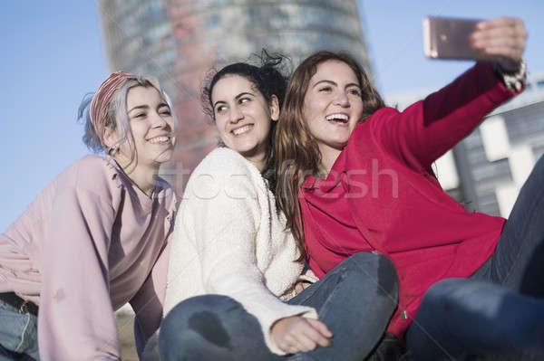 üç mutlu en iyi açık havada Stok fotoğraf © 2Design