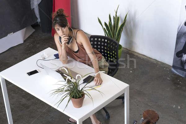 Foto stock: Empresária · trabalhando · laptop · trabalhar · acima · ver