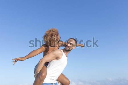 Paar Maakt een reservekopie strand zomer vent Stockfoto © 2Design