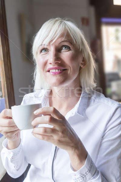 Retrato belo jovem mulher loira Foto stock © 2Design