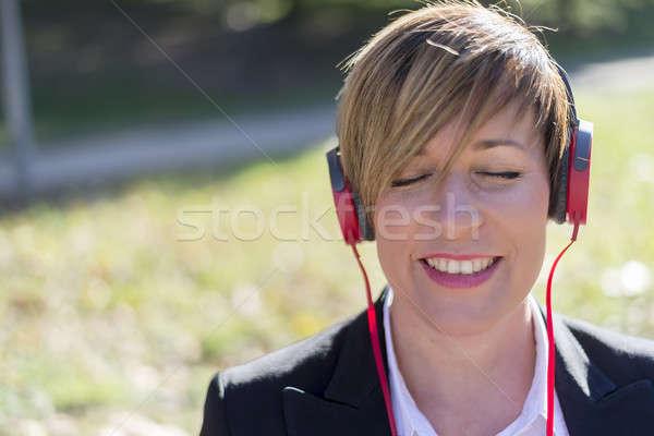 Işkadını kulaklık park kadın kız Stok fotoğraf © 2Design