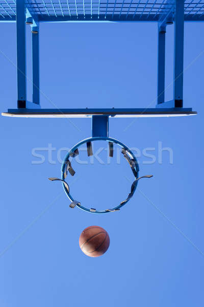 Görüntü top basketbol sepet mavi gökyüzü Stok fotoğraf © 2Design