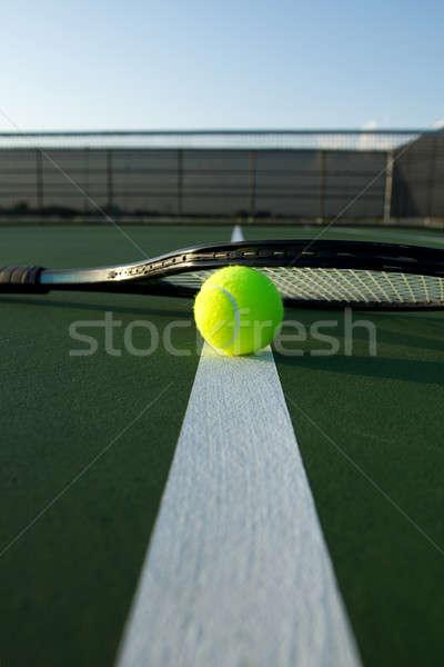 テニスボール ラケット 裁判所 行 ルーム コピー ストックフォト © 33ft