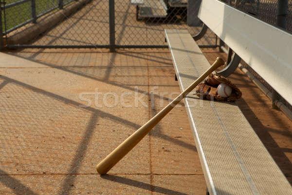野球 バット 手袋 ボール ゲーム ベンチ ストックフォト © 33ft