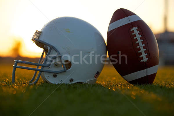 サッカー ヘルメット フィールド 日没 アメリカン スポーツ ストックフォト © 33ft