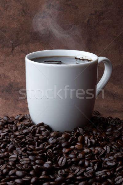 Forró kávé csésze ül köteg kávé Stock fotó © 350jb