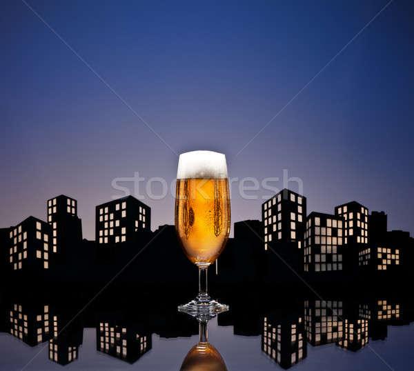 Metropolia piwo jasne pełne piwa kolor panoramę strony Zdjęcia stock © 3523studio