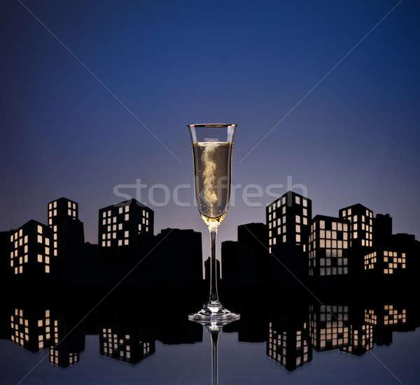 Metrópole champanhe coquetel luz restaurante Foto stock © 3523studio