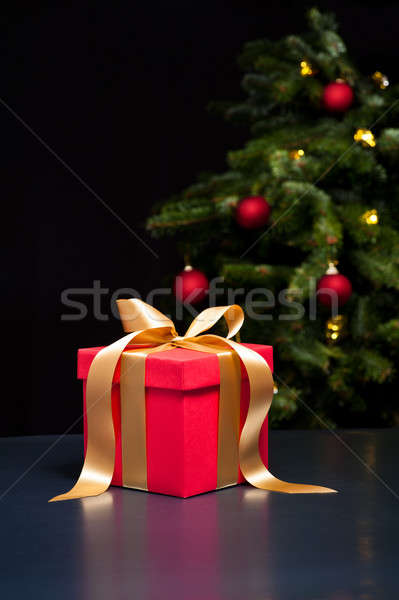 One present with gold ribbon Stock photo © 3523studio