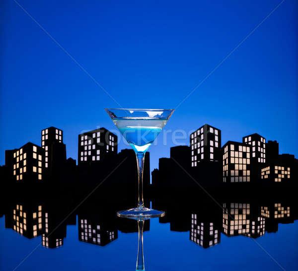 Metropolia niebieski martini koktajl panoramę owoców Zdjęcia stock © 3523studio