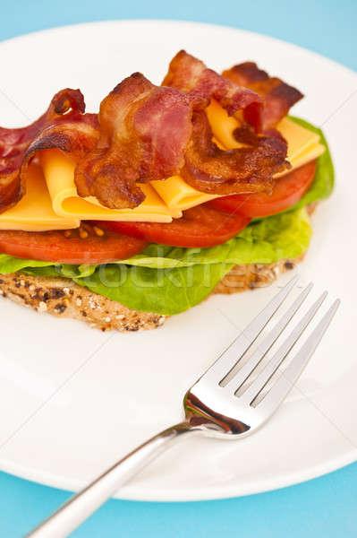 Abrir blt sanduíche branco prato azul Foto stock © 3523studio