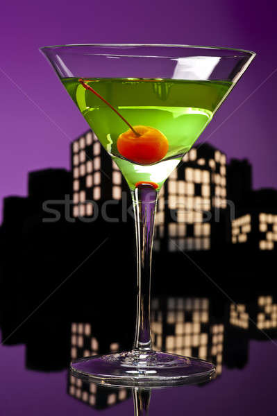 Metropolis appel martini cocktail skyline groene Stockfoto © 3523studio