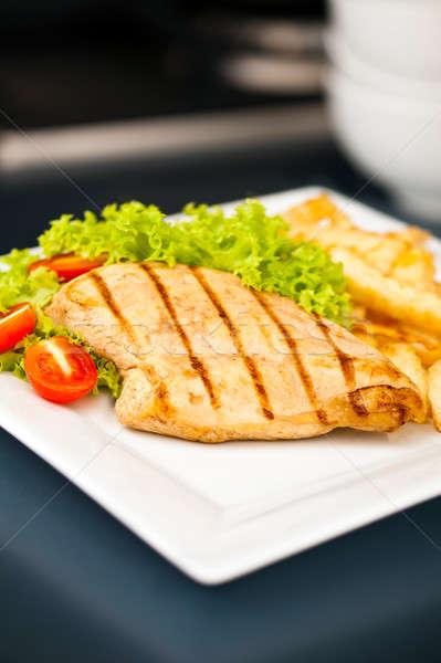 Kurczaka frytki Sałatka nice żywności obiedzie Zdjęcia stock © 3523studio