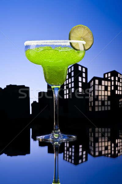 Metrópole verde coquetel festa vidro Foto stock © 3523studio