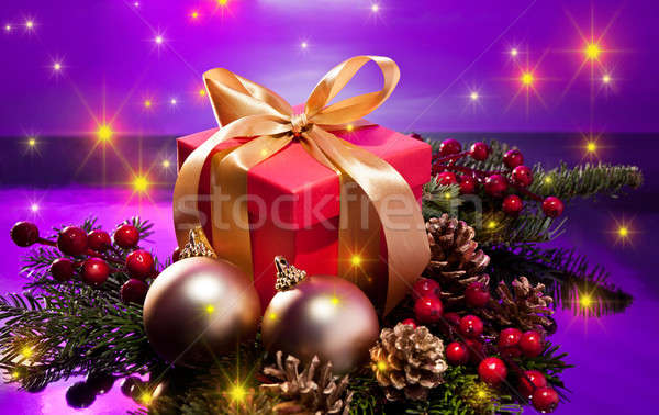 Piros ajándék doboz karácsony izzó csillagok Stock fotó © 3523studio