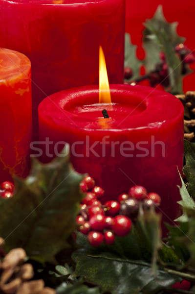 Rot Aufkommen Kranz Kerzen Blume Brennen Stock foto © 3523studio