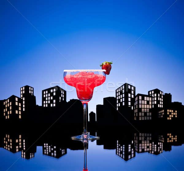 Metropolia truskawki koktajl szkła lata Zdjęcia stock © 3523studio
