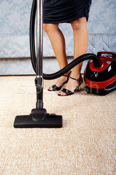 家 作業 真空掃除機 少女 ホーム キッチン ストックフォト © 3dvin
