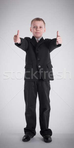 Garçon affaires costume noir jeunes shirt Photo stock © a2bb5s