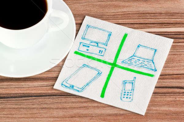 Ordinateurs serviette tasse café bois bleu Photo stock © a2bb5s
