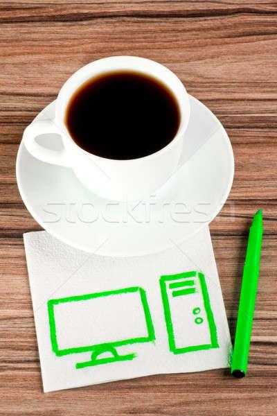 Ordinateur de bureau serviette tasse café papier bois Photo stock © a2bb5s