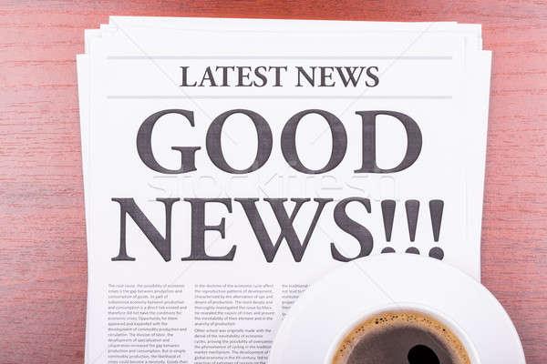 Periódico una buena noticia café noticias titular oficina Foto stock © a2bb5s