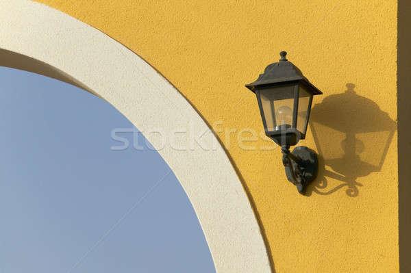 старые электрических лампы желтый стены улице Сток-фото © ABBPhoto