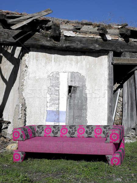 Sofá abandonado rural lugar nuevos vertical Foto stock © ABBPhoto