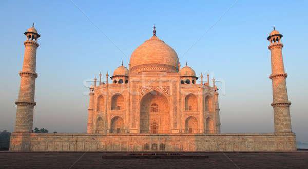 Taj Mahal manhã luz sem nuvens nenhum povo amor Foto stock © AchimHB
