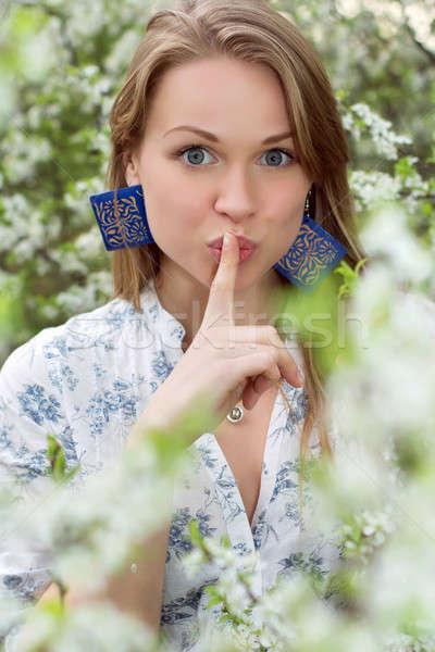 Bastante loiro mulher gesto Foto stock © acidgrey