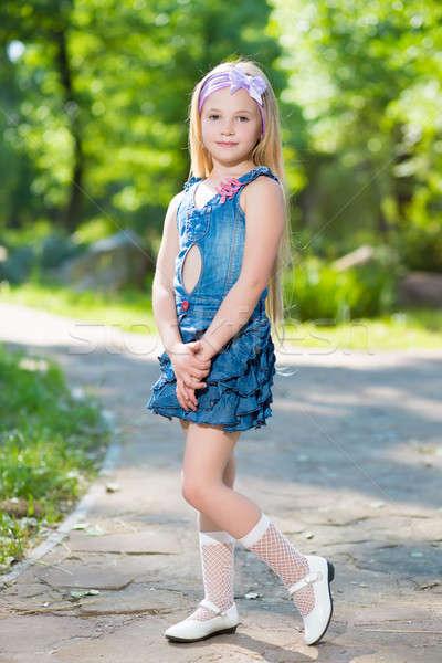 красивые девочки в платьях 12 лет и гольфах № 93611