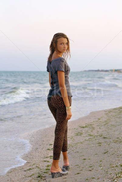 Gyönyörű lány nedves ruha tengerpart nő divat Stock fotó © acidgrey