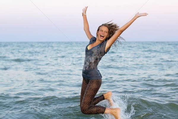Alegre molhado menina adolescente mar feliz Foto stock © acidgrey
