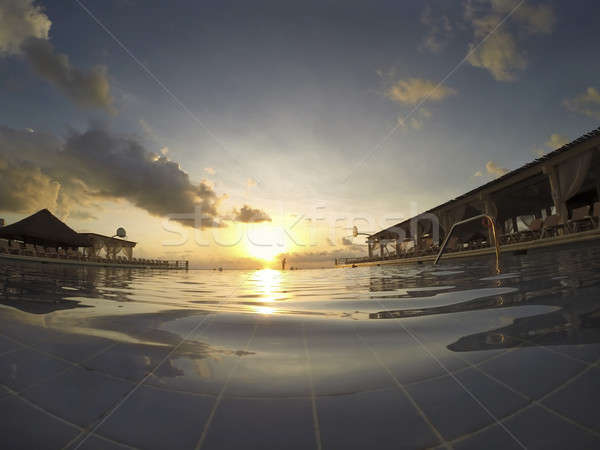 бесконечный Бассейн рассвета Карибы пляж солнце Сток-фото © actionsports
