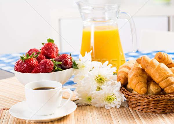 コンチネンタルブレックファースト コーヒー イチゴ クロワッサン ジュース フルーツ ストックフォト © adam121