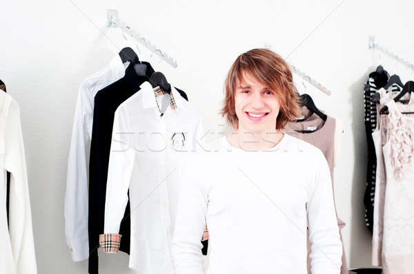 Vásárlás férfi bolt ruházat mosoly boldog Stock fotó © adam121