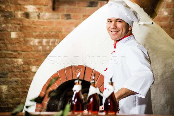 シェフ 作業 キッチン 炎のような ファーネス 伝統的な ストックフォト © adam121
