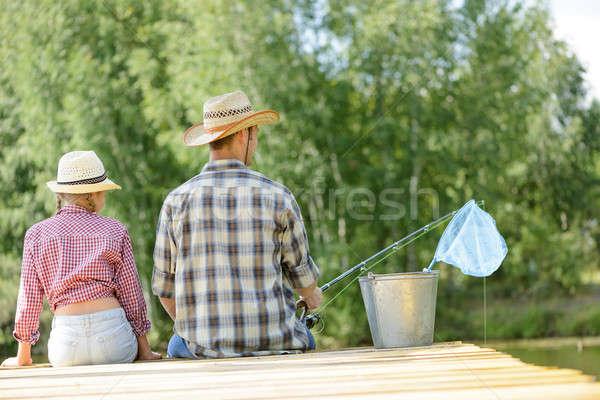 夏天 釣魚 後視圖 父親 女兒 坐在 商業照片 © adam121