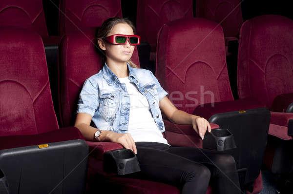 Stockfoto: Vrouw · bioscoop · jonge · vrouw · vergadering · alleen · kijken