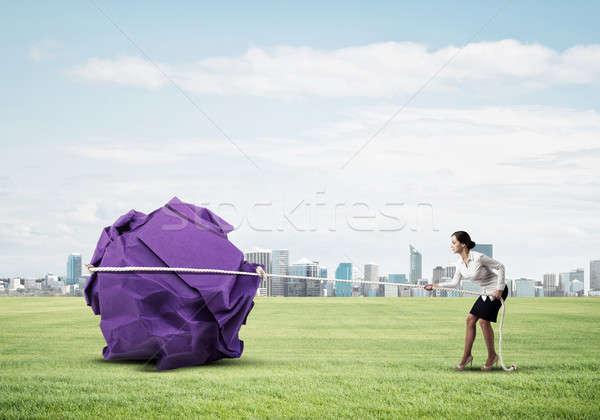 Nő húz erőfeszítés nagy labda papír Stock fotó © adam121