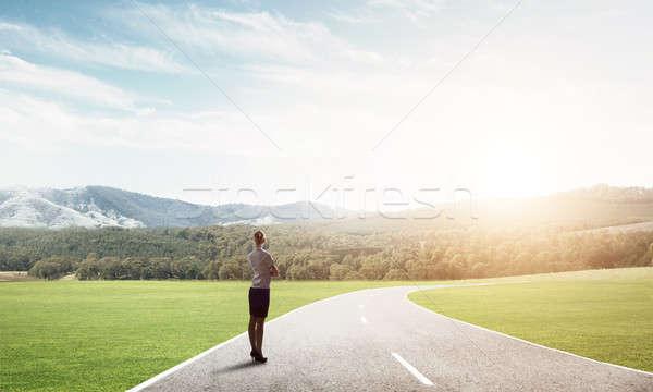 Manier succes elegante zakenvrouw weg permanente Stockfoto © adam121