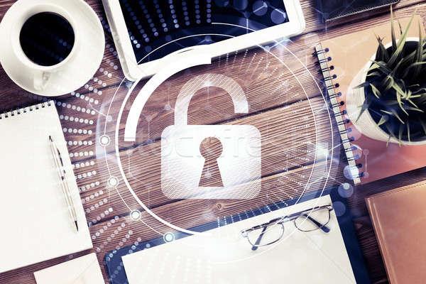 Negocios lugar de trabajo seguridad Screen tableta Foto stock © adam121