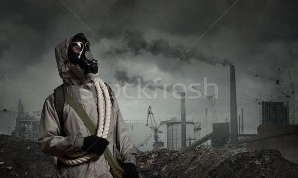 Post apocalyptique avenir homme survivant masque à gaz Photo stock © adam121