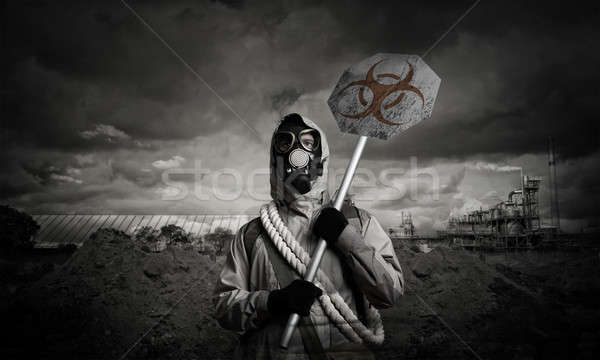 Apocalipse catástrofe máscara de gás sinal de perigo homem Foto stock © adam121