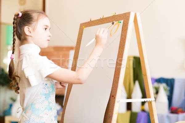 Stok fotoğraf: çizim · ders · portre · kız · ayakta · şövale