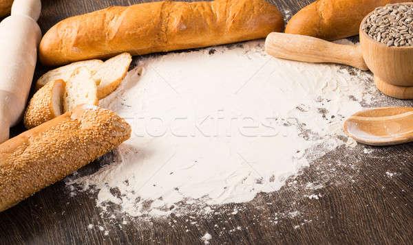 Un beyaz ekmek ahşap yüzey ahşap Stok fotoğraf © adam121